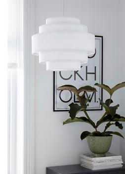 Ny lampe til entreen